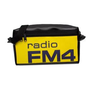 mo.na FM4